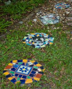 Doesn't Your Garden Deserve a Touch of Whimsy? Mosaic Stepping Stones, Stone Mosaic, Mosaic Glass, Stained Glass, Garden Whimsy, Garden Art, Garden Mosaics, Garden Ideas, Amazing Gardens