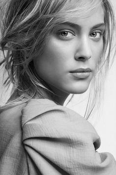 Nora Arnezeder / Jeff Vespa