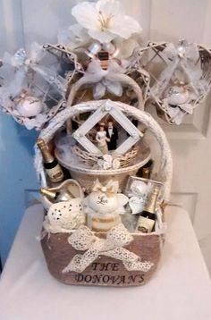 "$70 @Ebay  Beautiful Married Couple ""DREAM, LOVE, GROW"" Handmade Basket Wedding Decor"