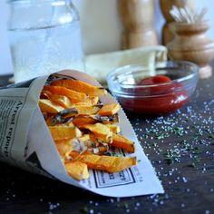Beth Celestin: Butternut Squash Fries 0 points plus? Ww Recipes, Veggie Recipes, Cooking Recipes, Brunch Recipes, Free Recipes, Recipies, Healthy Snacks, Healthy Eating, Healthy Recipes