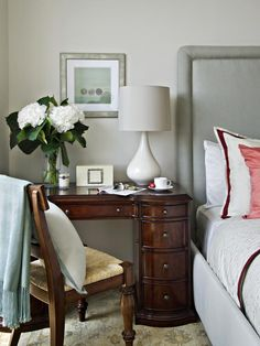10 Double-duty Nightstands