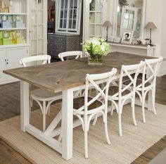 Beach dining table dining table beach dining room table we love it Coastal Dining Room Sets, Beach Dining Room, Dining Room Design, Dining Sets, Beach Style Dining Chairs, White Dining Chairs, Blue Chairs, Coastal Living, Hamptons Style Bedrooms