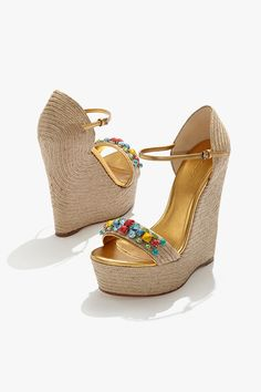 Go for the #Gucci this spring with new #shoes, featuring the Carolina Stone Espadrille Wedge.