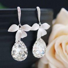 Leaf and Swarovski Crystal bridal earrings from EarringsNation
