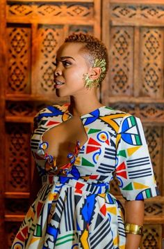 Discover recipes, home ideas, style inspiration and other ideas to try. Short African Dresses, Latest African Fashion Dresses, African Print Dresses, African Print Fashion, Xhosa Attire, African Attire, African Wear, Traditional African Clothing, Traditional Outfits