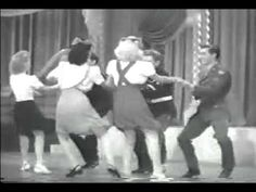 Lindy Hop Funny Instructional Video (Groovy Movie 1944)