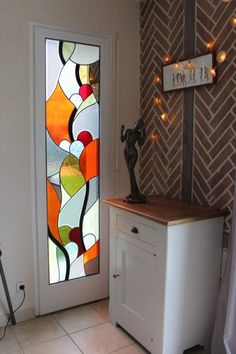 Modern Stained Glass Panels, Stained Glass Quilt, Faux Stained Glass, Stained Glass Designs, Stained Glass Projects, Stained Glass Patterns, Fleurs Art Nouveau, Window Glass Design, Glass Painting Designs