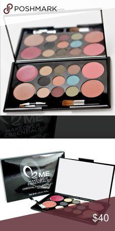 Makeover Essentials - essential face color kit 9 eye colors 2 lip colors 2 blushes 3 applicators. The case includes a mirror. Makeup