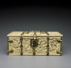Coffret : Assaut du château d'Amour. Cluny Museum. Cl. 23840