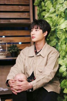 Young K looking handsome as always. Btob Ilhoon, Tvxq Changmin, Rapper, Young K Day6, Nu'est Jr, Kim Wonpil, Monsta X Jooheon, Bob The Builder