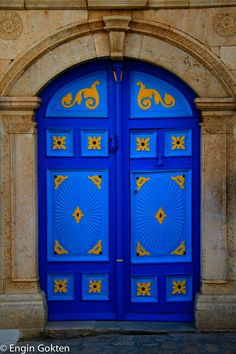Sidi Bou Said, Tunisia. Love the stonework not a fan of the door