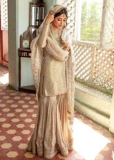 Asian Wedding Dress Pakistani, Pakistani Fancy Dresses, Pakistani Dress Design, Pakistani Outfits, Wedding Dresses For Girls, Indian Wedding Outfits, Party Wear Dresses, Bridal Outfits, Indian Bridal Fashion