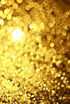 Classic holiday gold sparkle! Wear it on your nails, on your wrist, around your neck, on your finger or in your ears.