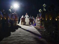 #wedding #beach #love  Wedding Services by Los Sueños// Cancún México// Contac us: https://www.facebook.com/CasaLosSuenos?ref=hl