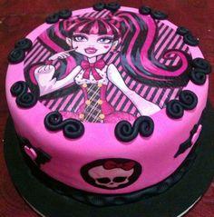 torta de draculaura