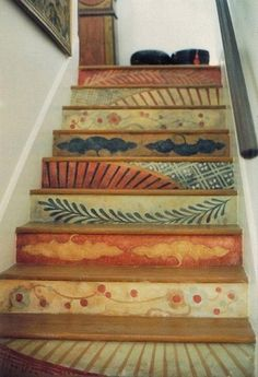 Beautiful Painted Staircase Ideas for Your Home Design Inspiration. see more ideas: staircase light, painted staircase ideas, lighting stairways ideas, led loght for stairways. Wallpaper Stencil, Wallpaper Stairs, Textured Wallpaper, Wallpaper Ideas, Diy Casa, Diy Home, Home Decor, Painted Stairs, Wooden Stairs