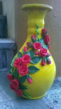 Prodigious Cool Tips: Vases Crafts Polymer Clay galvanized wall vases.Round Vases With Flowers black vases decoration.Round Vases With Flowers. Glass Bottle Crafts, Bottle Art, Vase Crafts, Clay Crafts, Pottery Painting, Pottery Art, Flower Vases, Flower Arrangements, Diy Flowers