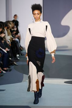 Toga Fall 2016 Ready-to-Wear Collection Photos - Vogue 2016 Fashion Trends, Fall Fashion 2016, Fashion Week, Autumn Winter Fashion, Fashion Show, Fashion Design, Fashion Details, Fall Winter, Couture Fashion
