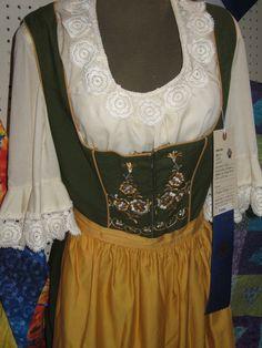 old fashion clothes for women | German Legends: Tannhäuser