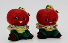 How cute are these? Vintage Anthropomorphic salt and pepper shakers,