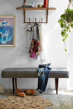 henderson upholstered bench / urban outfitters