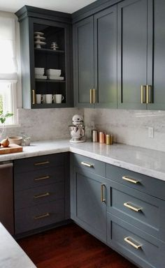 Here are the Dark Grey Kitchen Design Ideas. This article about Dark Grey Kitchen Design Ideas was posted under the Kitchen category by our team at August 2019 at am. Hope you enjoy it and don't forget to . Refacing Kitchen Cabinets, Kitchen Cabinet Design, Interior Design Kitchen, Kitchen Cabinetry, Refinish Cabinets, Kitchen Layout, Kitchen Shelves, Rustic Cabinets, Kitchen Storage