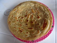 OMG chapati is bæ (Kenyan Food Overview: 20 of Kenya's Best Dishes) Kenya Food, Tanzania Food, Best Dishes, Food Dishes, Mandazi Recipe, Chapati Recipes, Chapati Recipe Kenyan, Indian Food Recipes, Kenyan Recipes
