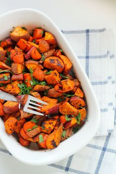 Roasted Carrots and Sweet Potatoes Recipe. Gluten-free, vegan, and paleo. A great healthy recipe for curing sugar cravings! #whoshungry