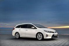 Toyota premijere za Sajam automobila u Ženevi Toyota Auris, Automobile, Toyota Venza, Car Hd, Car Posters, Poster Poster, Shooting Brake, Diesel Cars, Cabriolet