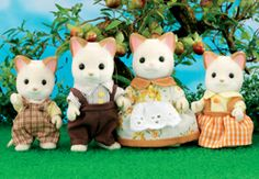 Sylvanian Families: KEATS (Cream Cat) FAMILY.    Father Rossetti, Mother Bronte, Brother T. S. Eliot and Sister Shelley Keats.