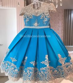 African Dresses For Kids, Dresses Kids Girl, African Fashion Dresses, Little Girl Dresses, Kids Outfits, Flower Girl Dresses, Baby Dress Design, Beautiful Dresses, Child Fashion