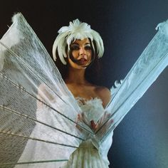 Kate Bush in her swan dress, 1980 Christmas Style, Goth Bands, For Lash, History Photos, Stunningly Beautiful, Top Artists, Music Artists, Music Is Life, Pop Art