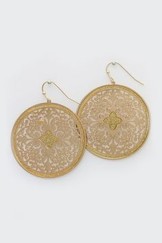 Beautiful Filigree Earrings in Gold