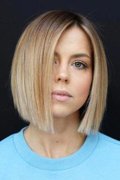 Cool Hairstyles for Round Faces # Hairstyles for Round Surfaces . - Cool hairstyles for round faces # FrisurenfürRundflächen … – Cool hairs - Bob Hairstyles For Round Face, Easy Hairstyles For Medium Hair, Short Bob Hairstyles, Cool Hairstyles, Bob Haircut For Round Face, Haircut Short, Elegant Hairstyles, Bob Haircut Fine Hair, Edgy Bob Haircuts