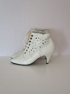 """Vintage 80s Winter White Cutout Ankle Boots 80's is """"vintage"""".......I feel old!"""