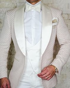 S by Sebastian Porcellana Honeycomb Dinner Jacket Sebastian Cruz Couture Want to get OFF? Simply add 5 items to your cart. Sebastian Cruz Couture Exclusive Italian Fabric with elastaine that will allow the fabric to mold White Wedding Suit, Groom Wedding Dress, Wedding Men, Wedding Suits, Indian Men Fashion, Mens Fashion Suits, Mens Suits, Mens White Suit, Prince Suit
