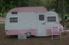 1969 Pink & White Serro Scotty Hilander Camper