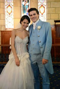April and Dex Walker they are literally the perfect couple on the show! I want them back from France! Home And Away Cast, Alex Russo, Wedding Movies, Hollyoaks, Coronation Street, Hot Actors, Wedding Entertainment, Perfect Couple, Love Home