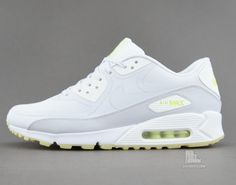 Nike Air Max 90 CMFT 'Glow in the Dark' http://www.equniu.com/2013/09/24/nike-air-max-90-cmft-glow-in-the-dark/
