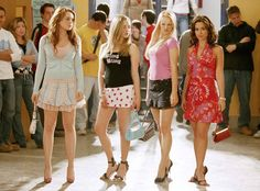 Lindsay Lohan Has a Mean Girls Reunion! Plus, Amanda Seyfried and Rachel McAdams Almost Had Different Roles | E! Online