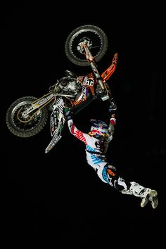 Art of Levi-tation #redbull  Levi Sherwood, Kiwi sports star. Watch him fly!