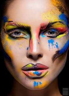 Beauty or Art? Stunning Avant Garde Makeup ...