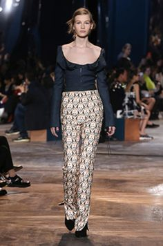 Haute Couture Spring-Summer 2016 Fashion Show