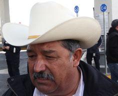 Eraclio Rodríguez líder barzonista dio a conocer que varios líderes campesinos están citados el día de mañana ante la PGR a raíz de las...