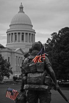Vietnam Veteran's Memorial at the Arkansas State Capitol