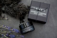 LICHEN ET LAVANDE : Herbal, Green, Lavender, and Moss // Solid Perfume // Natural Perfume