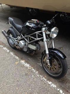Ducati Monster 620 S 2000 Moto Ducati Monster 620 S 2000 vendo usato a Genova € 1.700