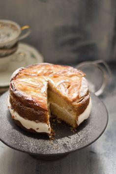 upside down apple - polenta - cake with calvados - mascarpone - creme