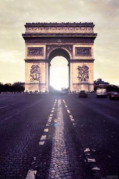L'arc de Triomphe 75008 Paris