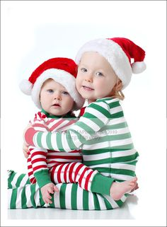 Christmas sibling photo